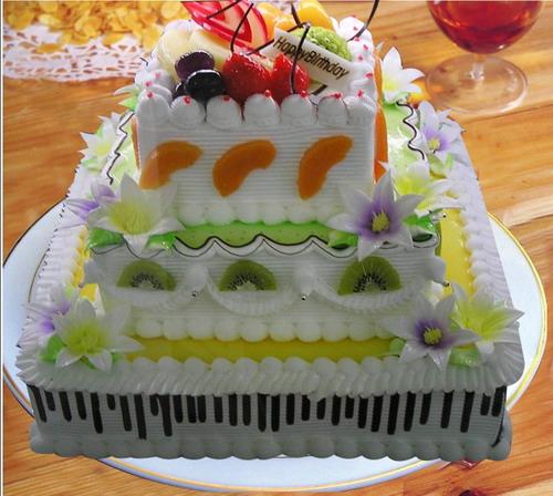 生日鲜花蛋糕-方形3层鲜奶水果蛋糕
