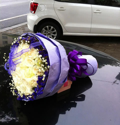 鲜花礼品-百媚千红