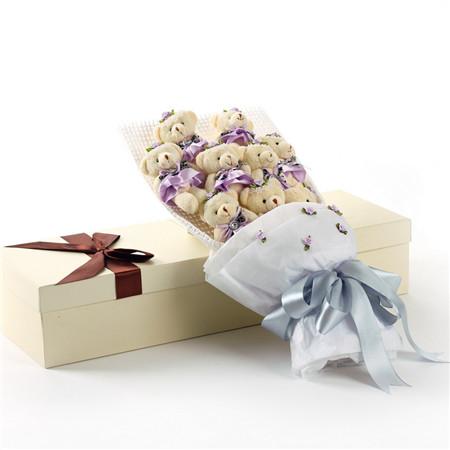 bwin娱乐下载快递网-紫色小熊花束9支礼盒