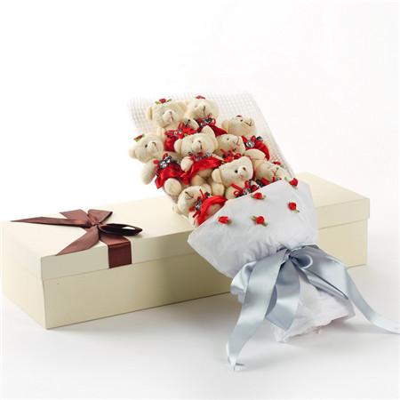 鲜花订购-红色小熊花束9支礼盒