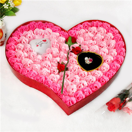 网上订花-香皂花-92朵一枝花灯戒指
