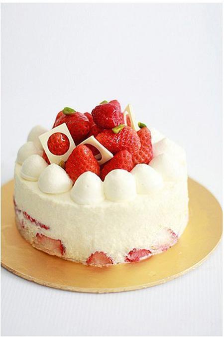 数码生日蛋糕-草莓天天向上