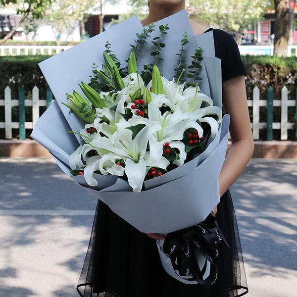 鲜花礼品-百合情缘