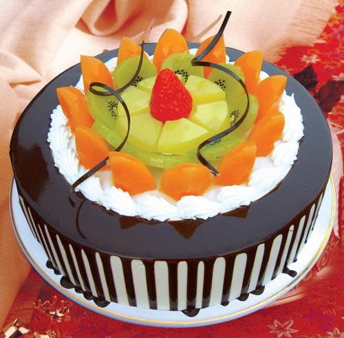太原生日蛋糕:五彩缤纷