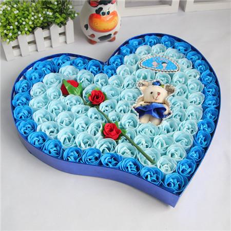 大连肥皂花:92朵蓝色一枝花小熊