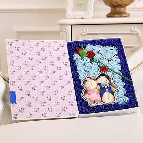哈尔滨肥皂花:香皂花一枝花+抱熊 蓝色
