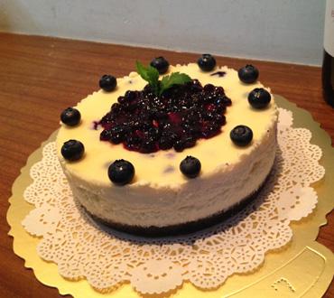无锡生日蛋糕:鲜奶蛋糕